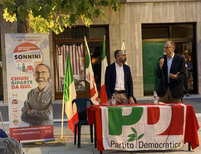 Il segretario Enrico Letta a Chiusi Scalo